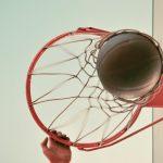 basketball_push-hold-back