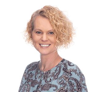 Lisa Burgess Headshot_Studer Education